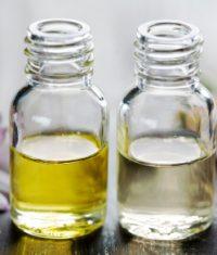 اسانس essential oil