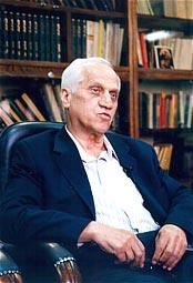 دکتر احمد قهرمان
